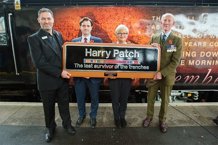 Harry-Patch-GWR-loco-remembrance